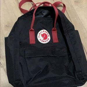 Fjallraven Kanken water resistant black/red